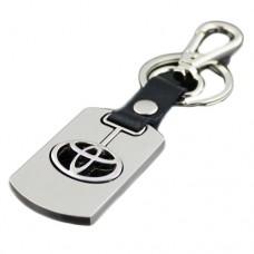 Брелок Toyota металлический